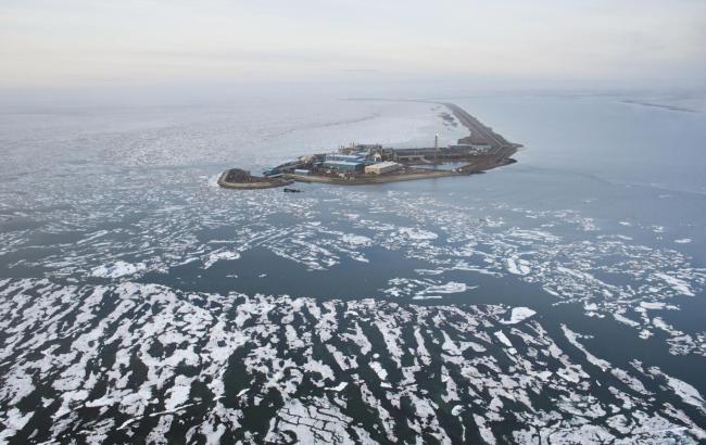 Фото: добыча нефти на шельфе Аляски