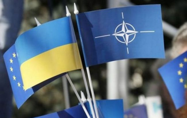 Україна і НАТО підписали угоди про початок реалізації трастових фондів