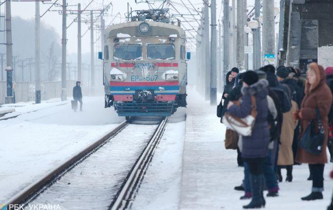 В Киеве задерживается движение городской электрички
