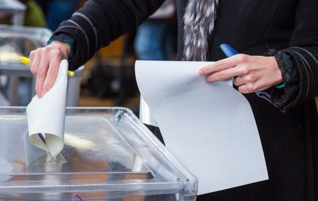 Милиция занялась потерей печати на избирательном участке в Харькове
