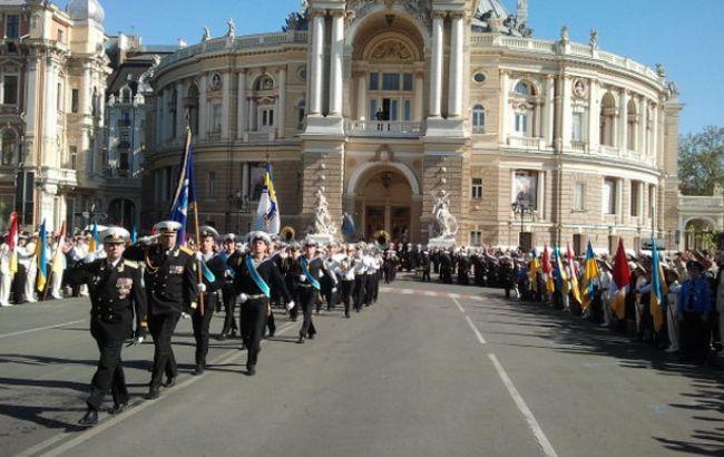Фото: марш курсантов в Одессе 9 мая