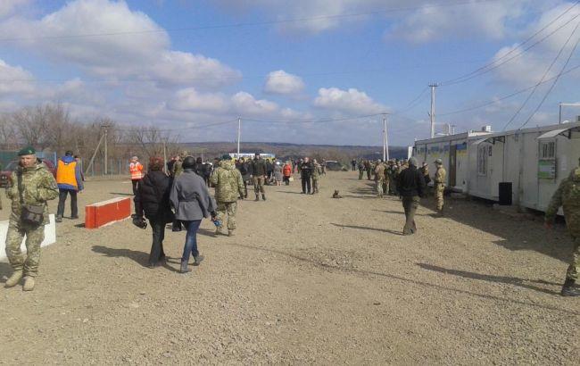 Фото: боевики завтра планируют открыть КПВВ в районе Золотого