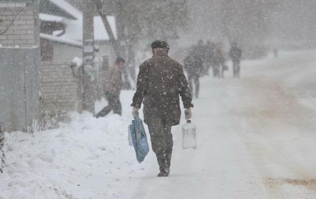 Фото: Украину засыпает снегом (zhitomir.info)