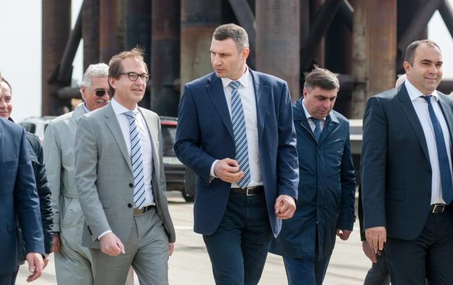 Фото: Виталий Кличко и Райнер Бомба