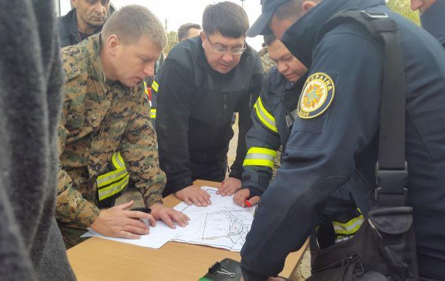 Вибухи на військових складах під Маріуполем: впрокуратурі уточнили можливу причину
