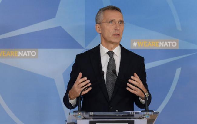 Столтенберг: Македонію запросять до переговорів про вступ у НАТО