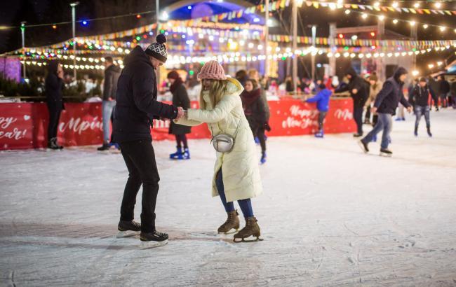 Відпочинок для всієї родини: головні зимові розваги на ВДНГ у Києві