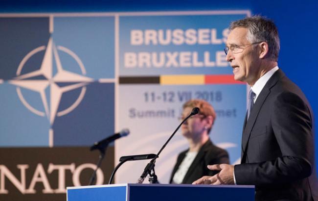 В НАТО ожидают, что в 2018 году 8 стран-союзников выделят не менее 2% ВВП на оборону