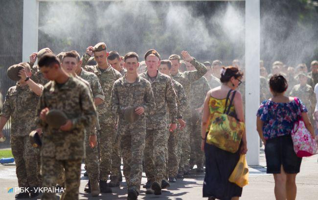 Завтра Україну накриє спека до +34