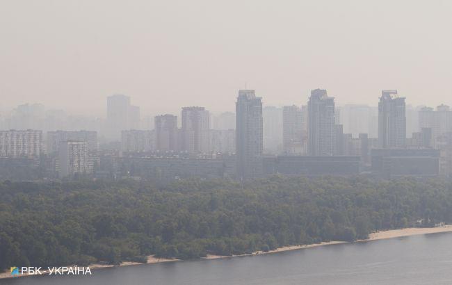 У двох районах Києва зафіксували забруднення повітря