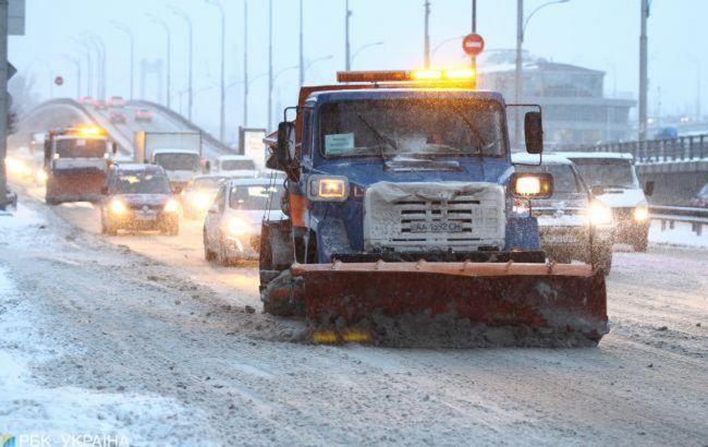 В Украине из-за снегопадов нет проезда к 8 населенным пунктам