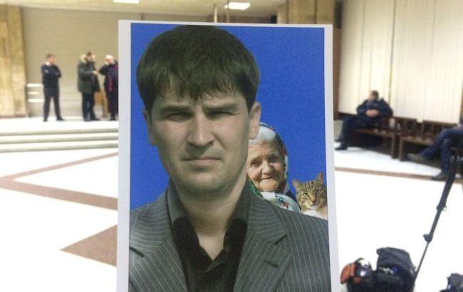 ЦВК прийняла заяву від потенційного кандидата з неформальною фотокарткою