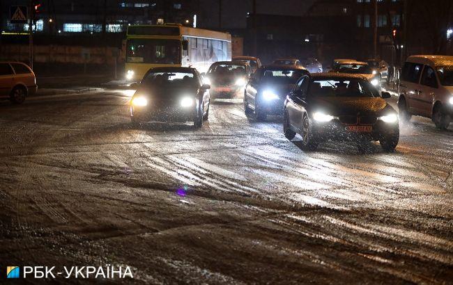 Ледяные дожди, снег и штормовой ветер: как долго в Украине продлится мерзкая погода