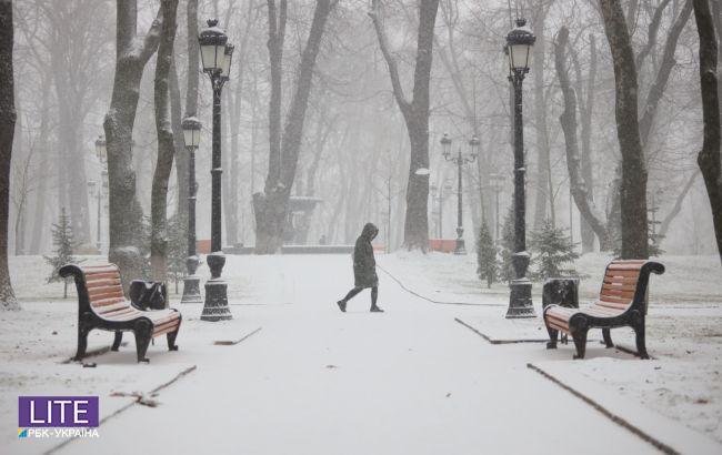 Суцільні мінуси і снігопади: синоптики дали прогноз на січень