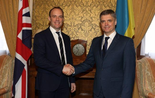 Пристайко и госсекретарь Британии обсудили расследование катастрофы самолета МАУ