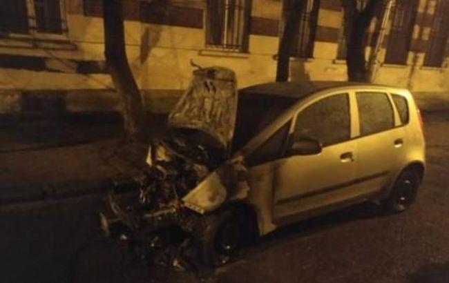 Полиция задержала подозреваемых в поджоге авто журналистки во Львове