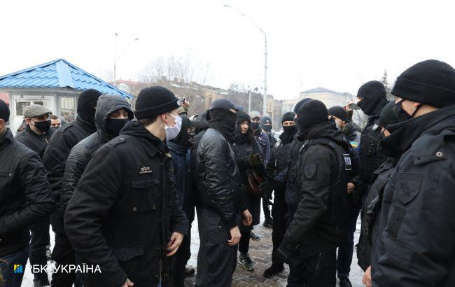 У Києві на акції за Навального відбулися сутички