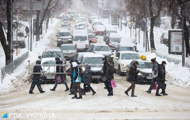В Україну суне нова хвиля снігопадів: які області постраждають