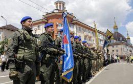 Город со шрамами. Как Мариуполь провел седьмую годовщину освобождения от боевиков