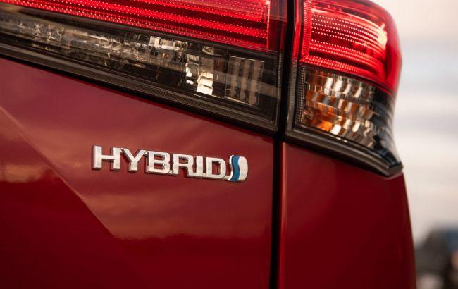 Toyota здалася: компанія інвестує 3,4 млрд доларів у виробництво батарей для електромобілів
