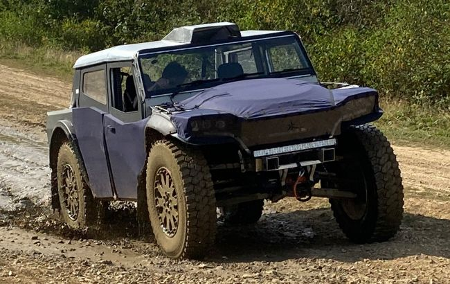 Британцы показали экстремальный гибридный вездеход с кузовом из ткани и запасом хода 7000 км