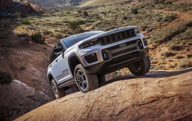 Новий Jeep Grand Cherokee: стала відома дата дебюту в Україні