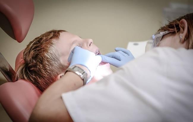 Фото: Прийом у стоматолога (pixabay.com/jarmoluk)