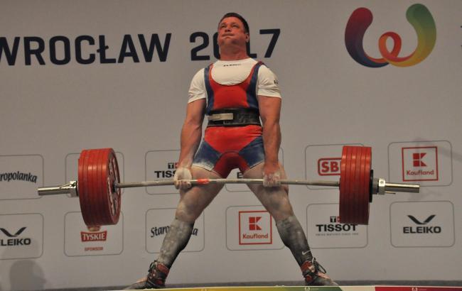Українець встановив новий світовий рекорд у пауерліфтингу