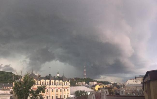 Фото: Негода в Києві (facebook/Iryna Galytska)