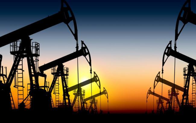 Цена на нефть Brent упала ниже 51 долл./баррель