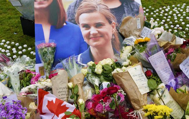 Обвиняемый вубийстве депутата небудет показывать всвою защиту— Великобритания