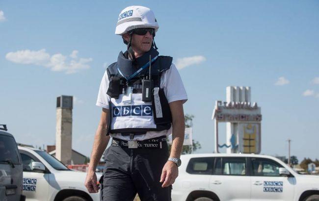 Фото: спостерігач ОБСЄ у Станиці Луганській (facebook.com/oscesmm)