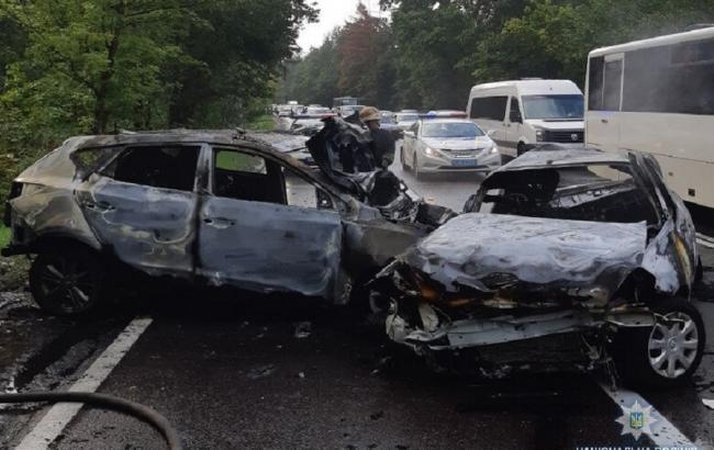 У Києві в результаті ДТП загинуло троє людей, ще двоє постраждали