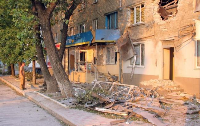 В результаті обстрілу бойовиками Станично-Луганського району пошкоджені школа, дитсадок, житлові будинки, - Москаль