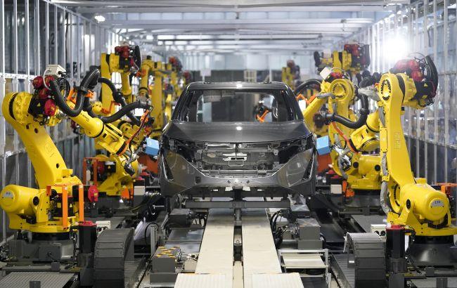 Nissan научил роботов контролировать качество сборки автомобилей