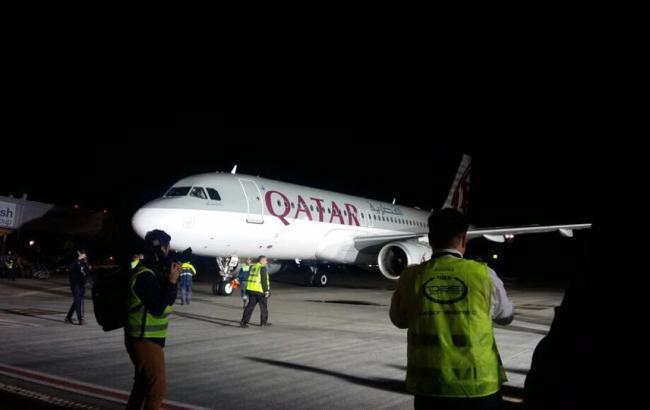 Фото: авиакомпания Qatar Airways считается лучшей в мире (Volodymyr Omelyan facebook.com)