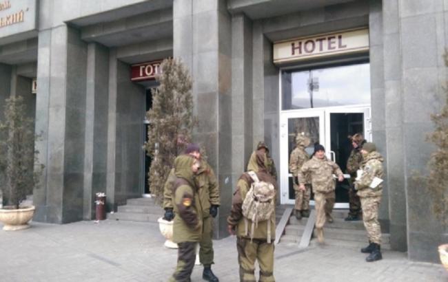 "Фото: захват отеля ""Казацкий"""