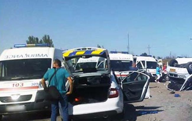 У Запорізькій області маршрутка зіштовхнулася з вантажівкою, 6 загиблих