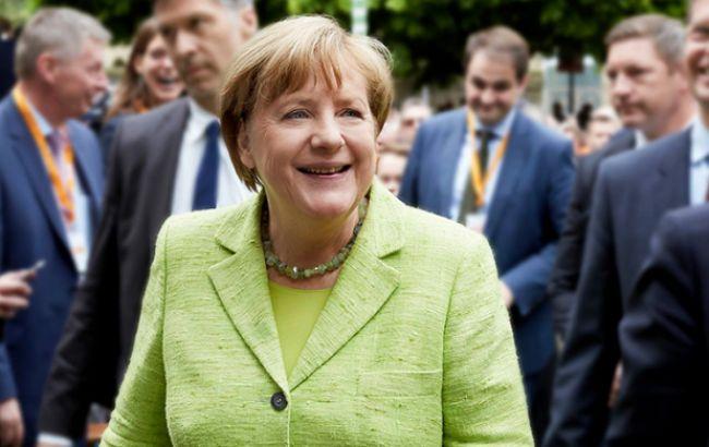 Меркель позитивно оценила подписание соглашения о транзите газа