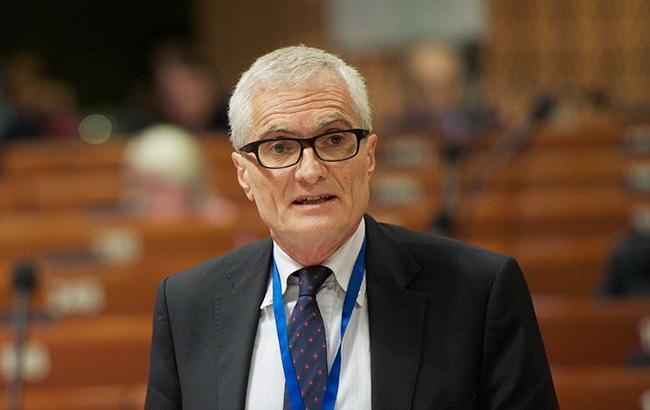 Президент ПАСЕ осудил нападение на ромов под Львовом