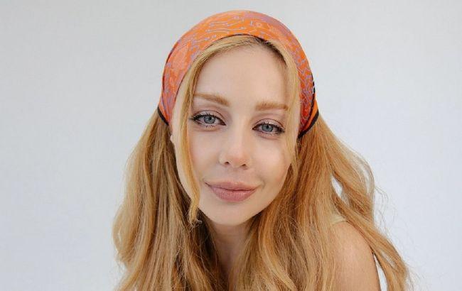 Еще брюнетка: в сети появилось редкое фото 14-летней Тины Кароль