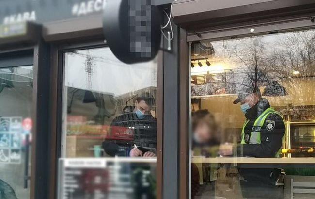 Поліція ще не штрафує за відсутність маски та пояснює чому
