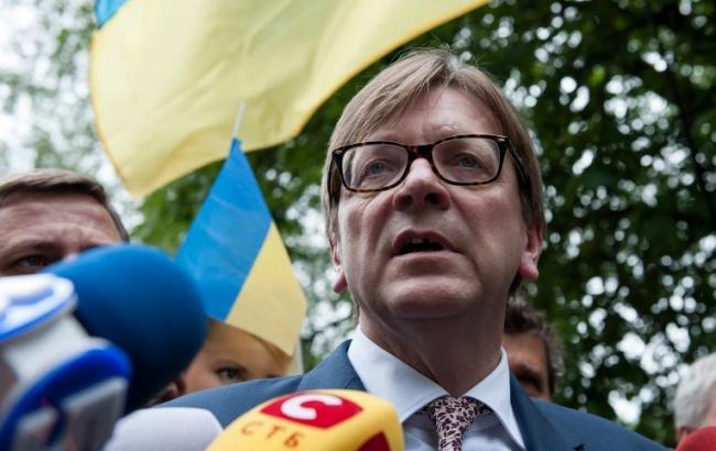 Экс-премьер Бельгии Верхофстадт выдвинул свою кандидатуру на пост главы ЕП