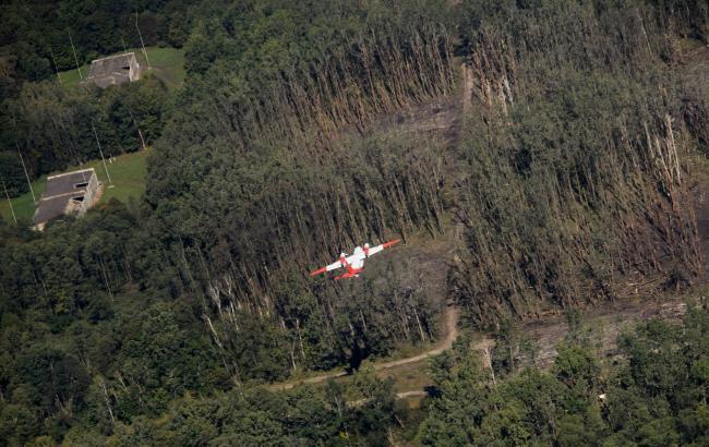 Взрывы под Винницей: В сети показали фото искалеченной территории с высоты птичьего полета