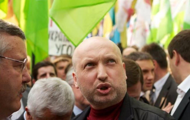 """Турчинов заявив, що """"Однокласники"""" і """"ВКонтакте"""" працювали проти України і вербували агентуру"""