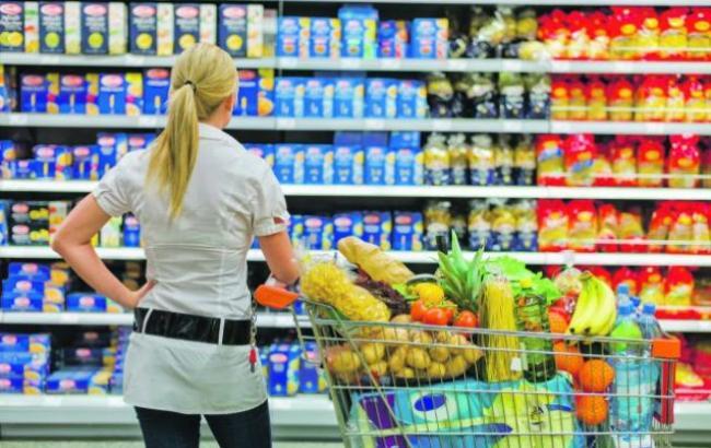 Фото: На полках магазинов нашли запрещенные продукты (aif.ua)