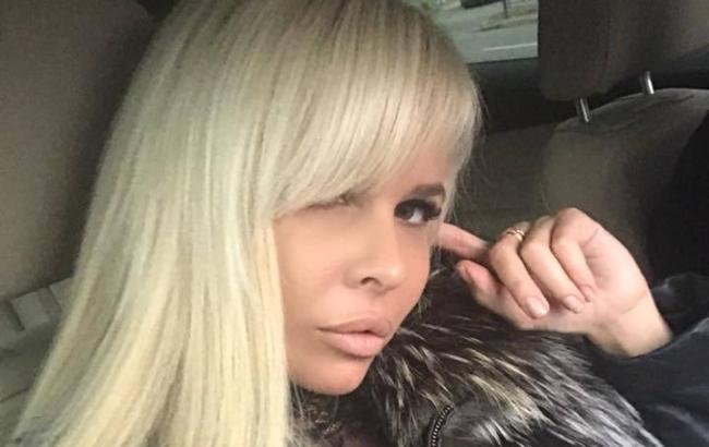 Сотрудница Минобороны благодаря вульгарным фото стала звездой росСМИ