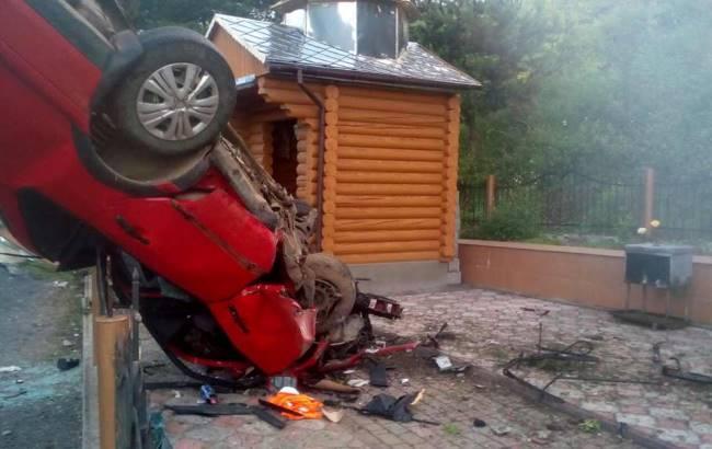 Фото: ДТП во Львовской области (facebook.com/govarta1)