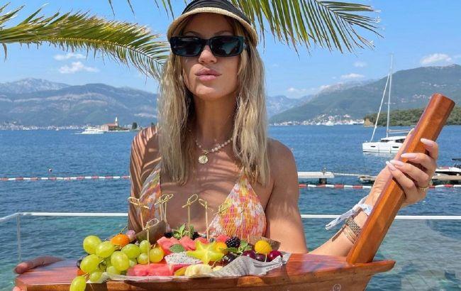 Пикник на обочине: Леся Никитюк в бикини показала свой завтрак на Мадейре