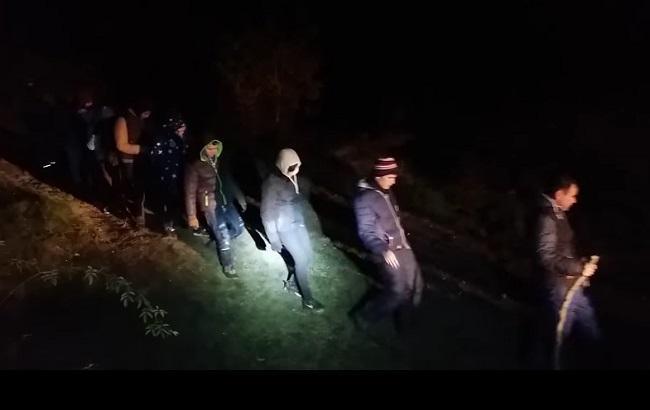 Фото: нелегальные мигранты на Закарпатье
